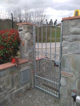Realizzazione di recinzioni in pietra